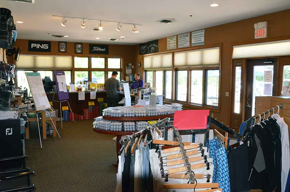 Bear-Creek-Golf-Club,-Wentzville,-MO-Pro-Shop