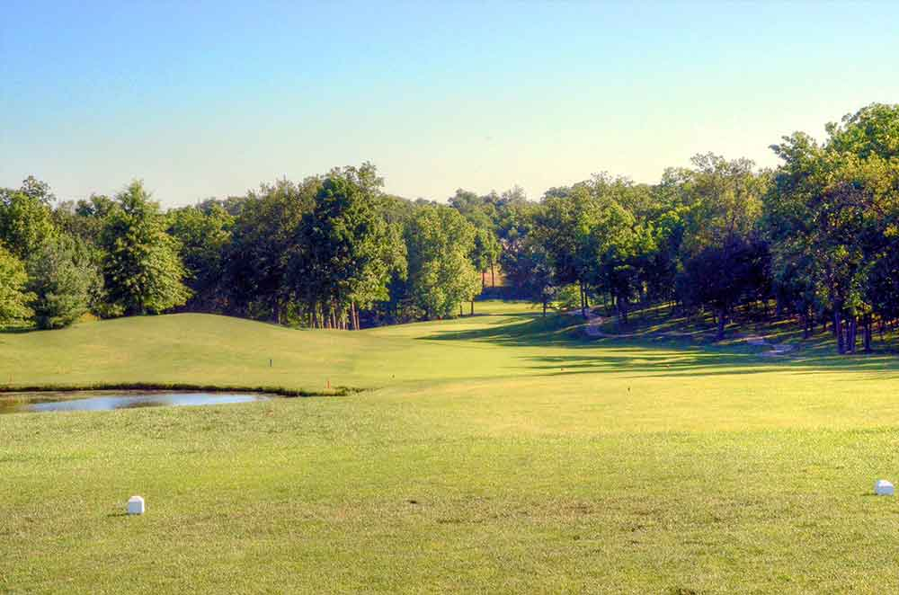 Bear-Creek-Golf-Club,-Wentzville,-MO-Tee