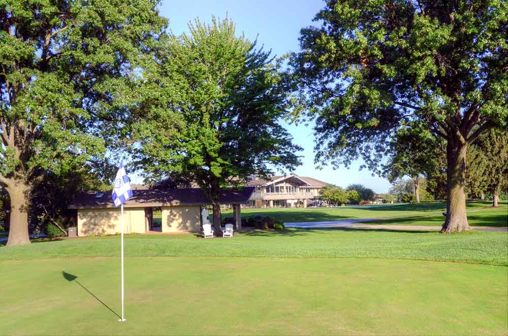 Blue-Hills-Country-Club,-Kansas-City,-MO-Shack