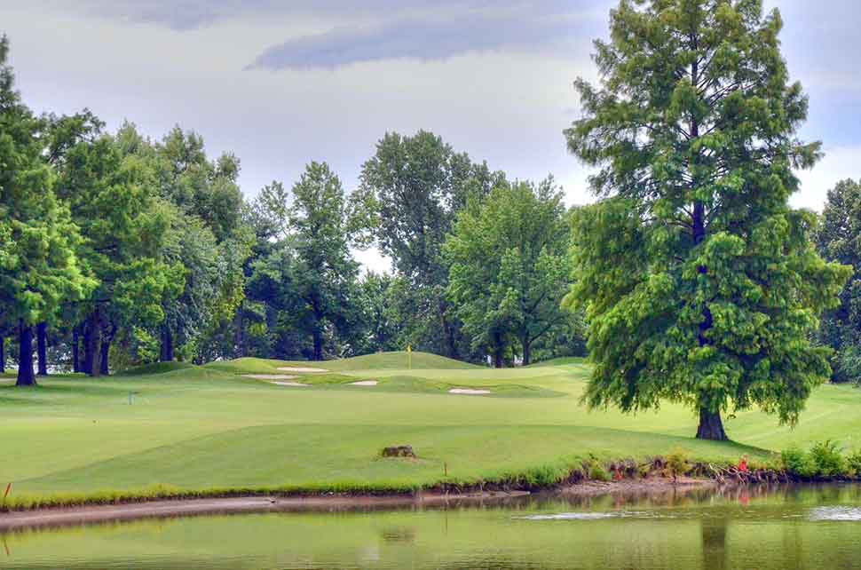 Bogey-Hills-Country-Club,-St-Charles,-MO-Stump