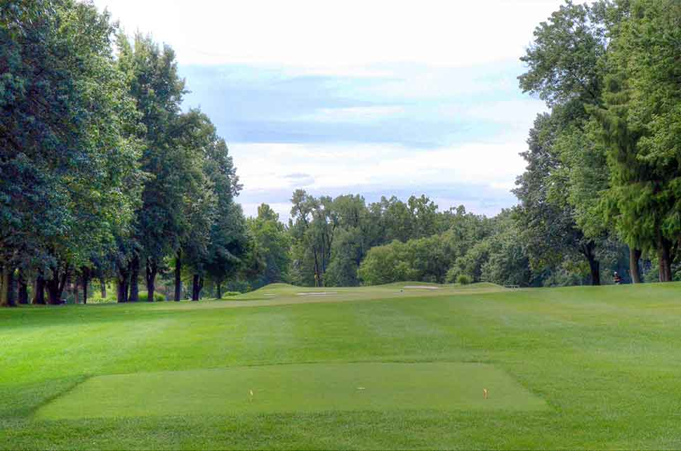 Bogey-Hills-Country-Club,-St-Charles,-MO-Tee