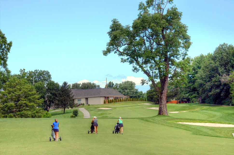 Bogey-Hills-Country-Club,-St-Charles,-MO-Threesome
