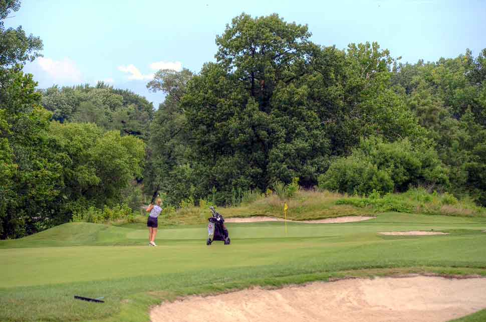 Bogey-Hills-Country-Club,-St-Charles,-MO-Woman