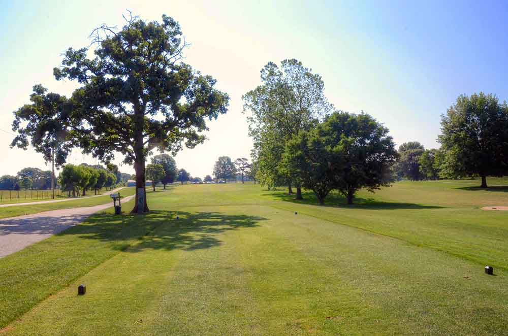 Cassville-Golf-Club,-Best-Golf-Courses-in-Southwest,-MO-First-Hole