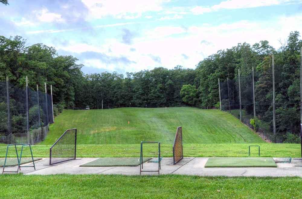 Country-Lake-Golf-Club,-Warrenton,-MO-Driving-Range