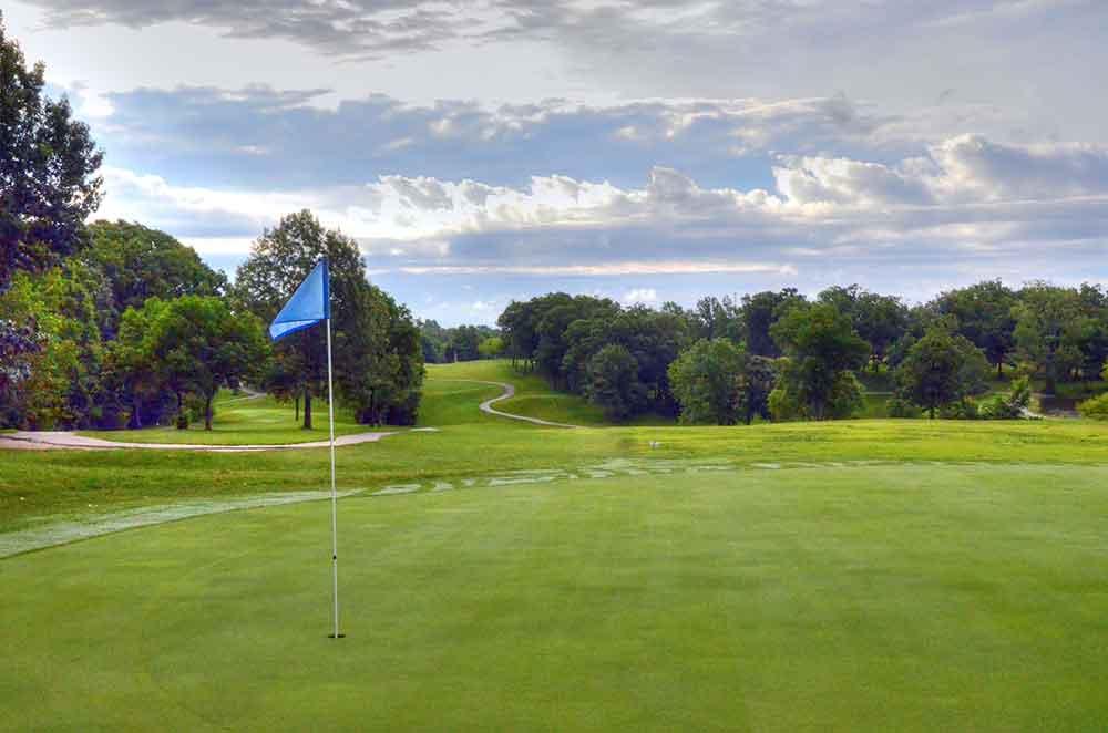 Country-Lake-Golf-Club,-Warrenton,-MO-Fairway