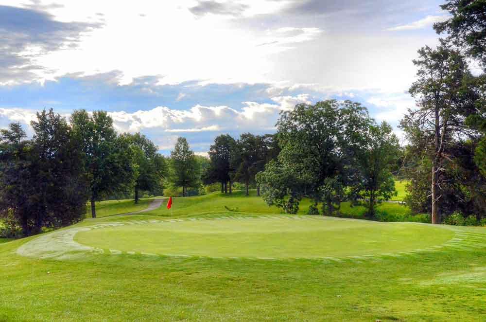 Country-Lake-Golf-Club,-Warrenton,-MO-Green
