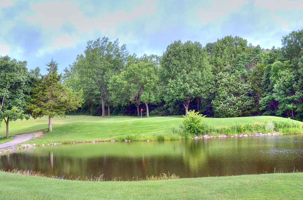 Country-Lake-Golf-Club,-Warrenton,-MO-Lake