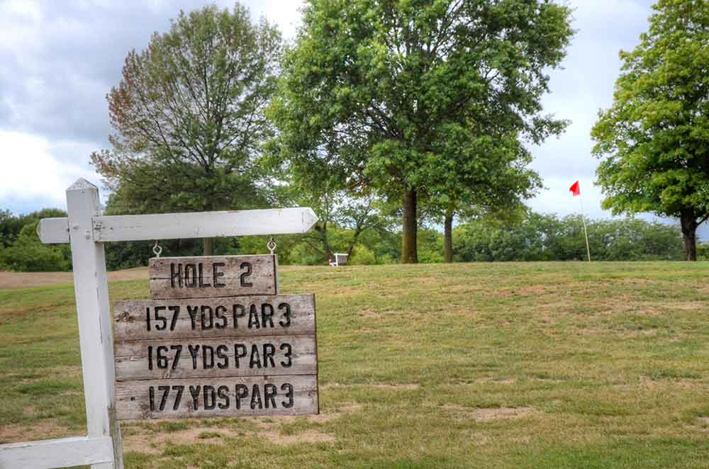 Daviess-County-Country-Club,-Gallatin,-MO-Marker