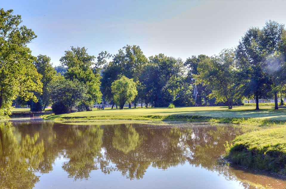 Family-Golf-Center,-St-Louis,-MO-Reflection