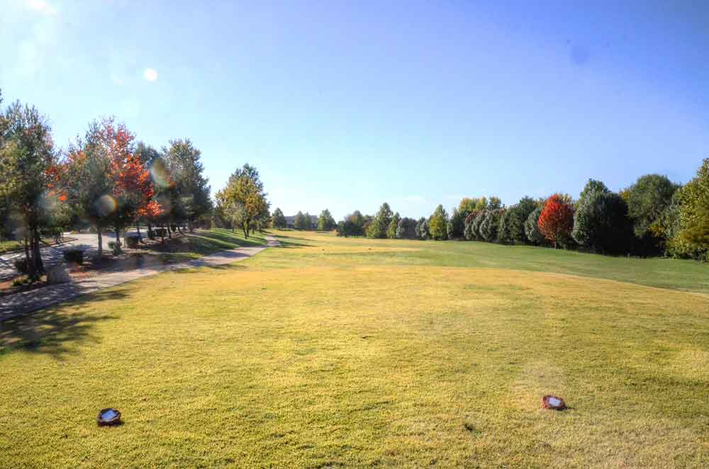 Grand-Summit-Golf-and-Country-Club,-Kansas-City,-MO-Tee