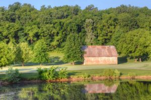 Hidden-Valley-Golf-Links,-Clever,-MO-Barn