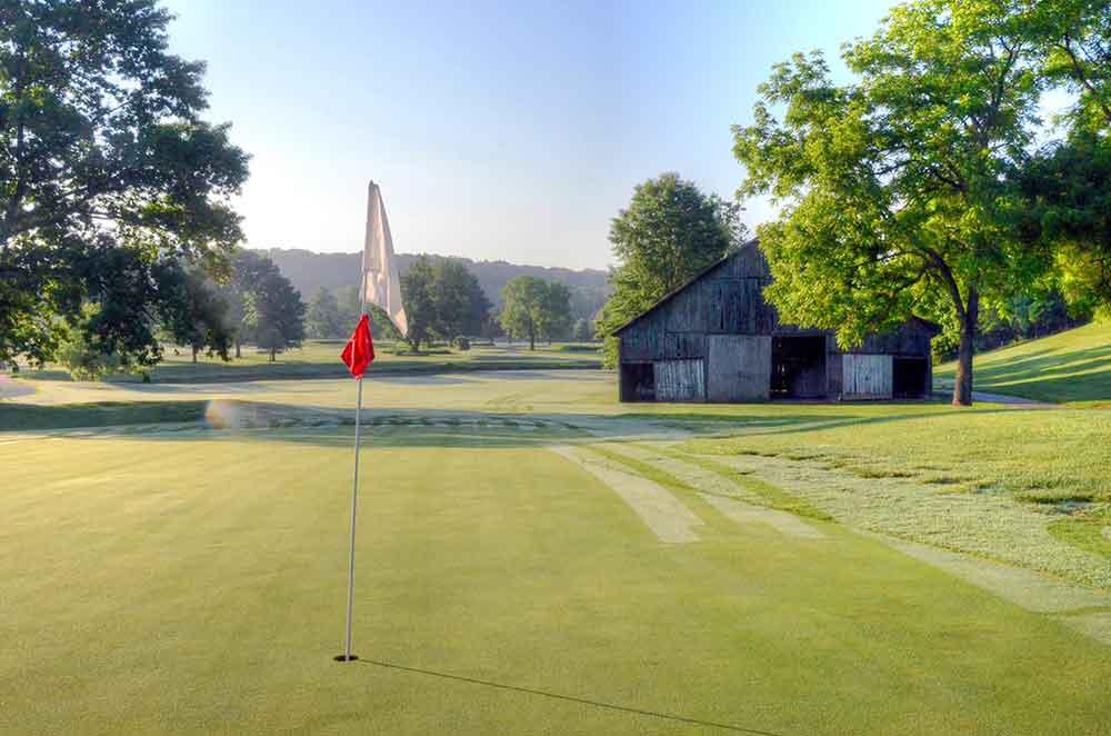 Hidden-Valley-Golf-Links,-Clever,-MO-Flag