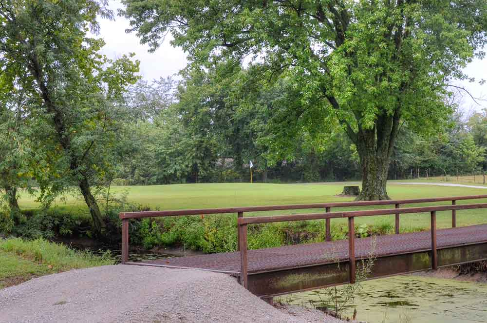 Lockwood-Municipal-Golf-Course,-Lockwood,-MO-Bridge