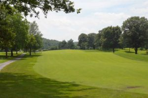 Loutre Shores Country Club, Golf Courses in Hermann, Missouri