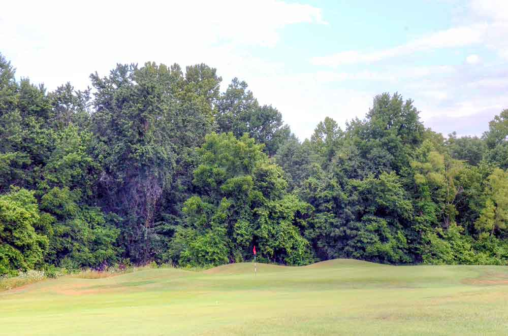 Meramec-Lakes-Golf-Course,-St-Clair,-MO-RedFlag