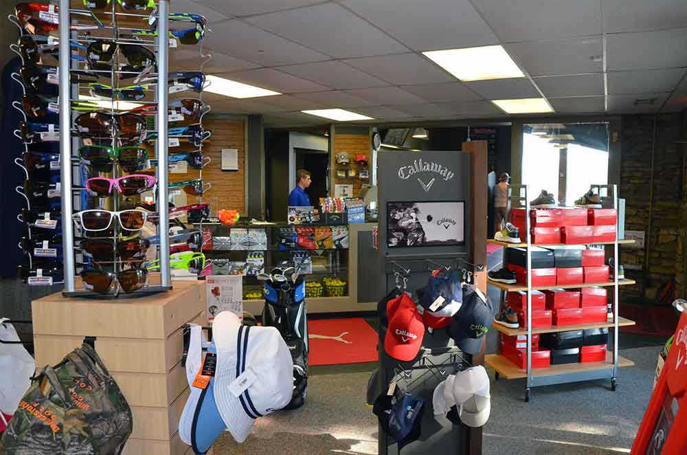 Minor-Park-Golf-Course,-Kansas-City,-MO-ProShop