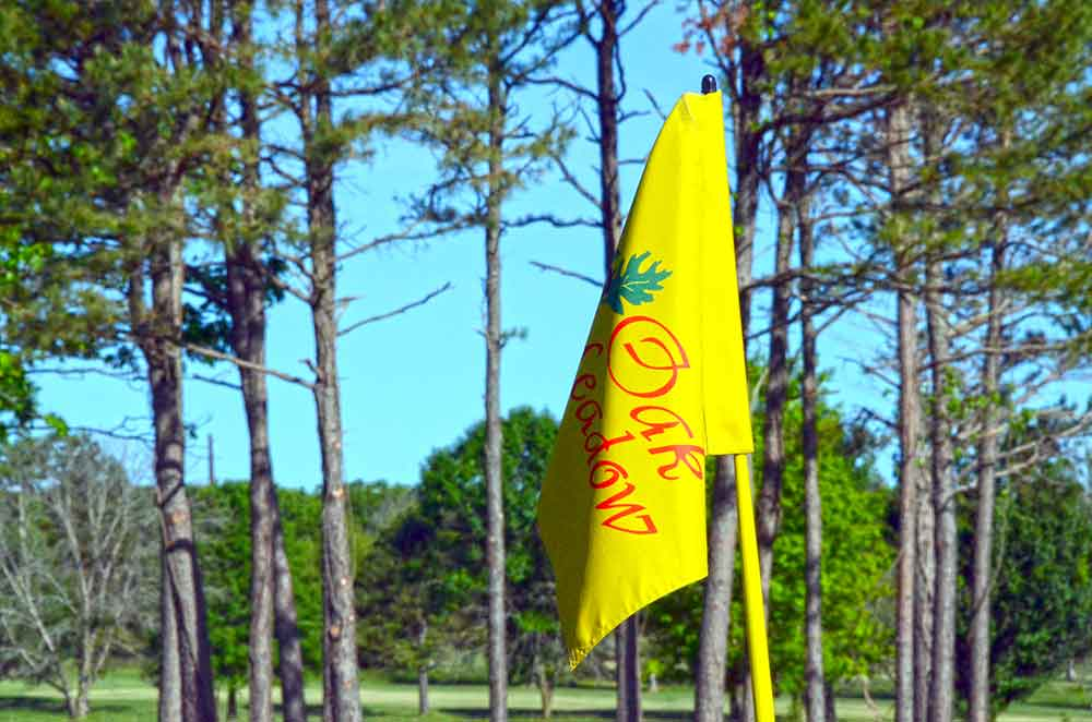 Oak-Meadow-Country-Club,-Rolla,-MO-Flag