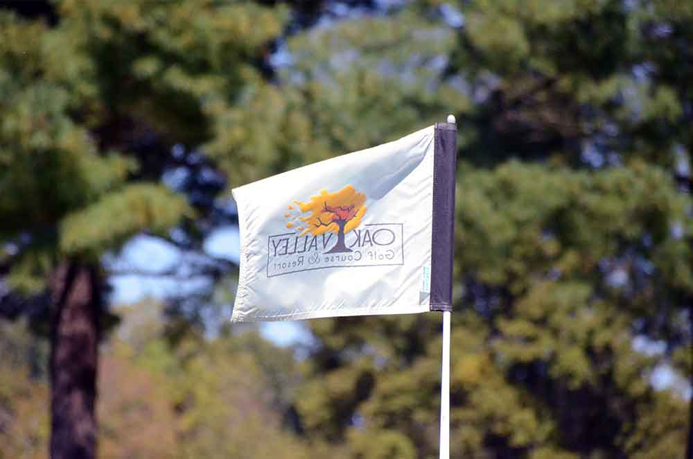 Oak-Valley-Golf-Course,-Pevely,-MO-Flag