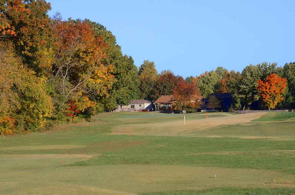 River-Oaks-Golf-Club,-Kansas-City,-MO-Fairway