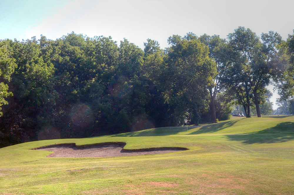 Royal-Meadows-Golf-Club,-Kansas-City,-MO-Club-Bunker