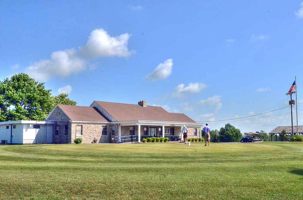 Schifferdecker-Golf-Course,-Joplin,-MO-Club-House