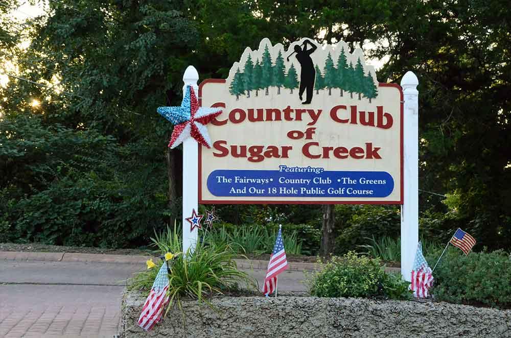 Sugar-Creek-Golf-Course,-High-Ridge,-MO-Sign