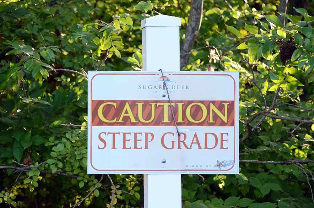 Sugar-Creek-Golf-Course,-High-Ridge,-MO-Steep