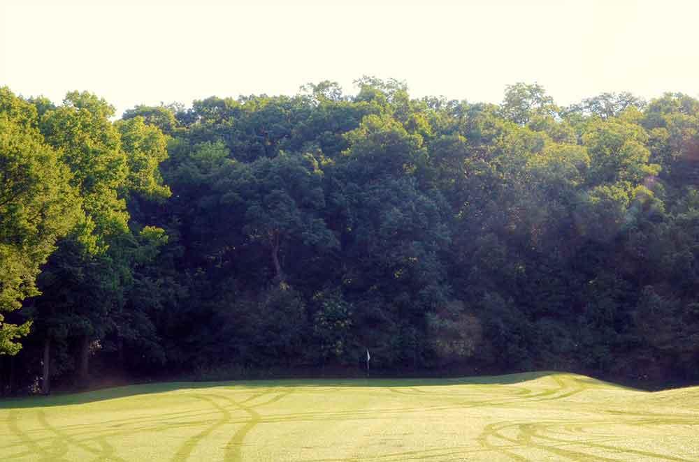 Sunset-Hill-Golf-Course,-St-Louis,-MO-Green
