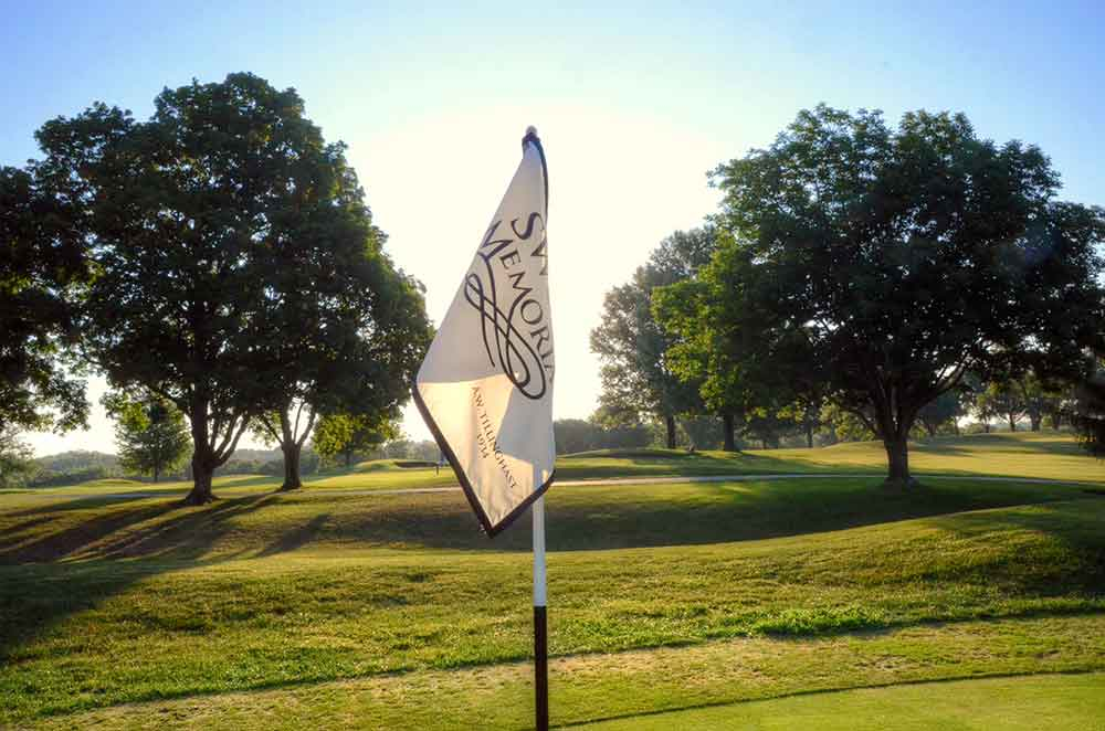 Swope-Memorial-Golf-Course,-Kansas-City,-MO-Flag