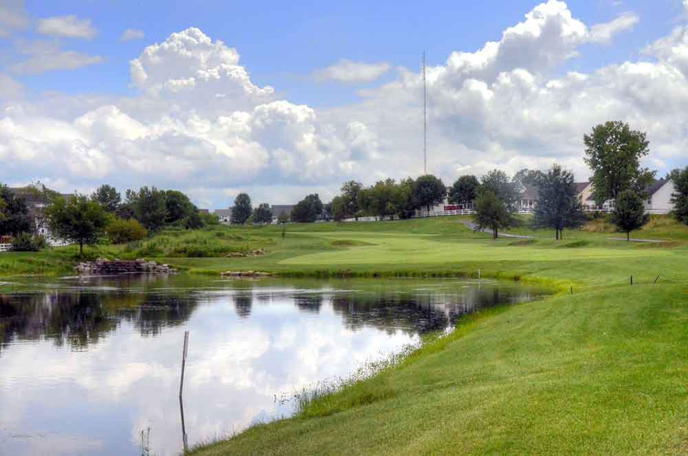 The-Falls-Golf-Club,-O'Fallon,-MO-Lake