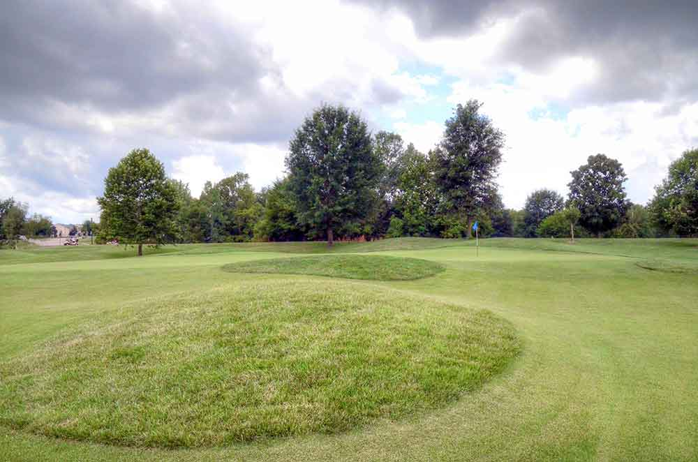 The-Falls-Golf-Club,-O'Fallon,-MO-Mounds