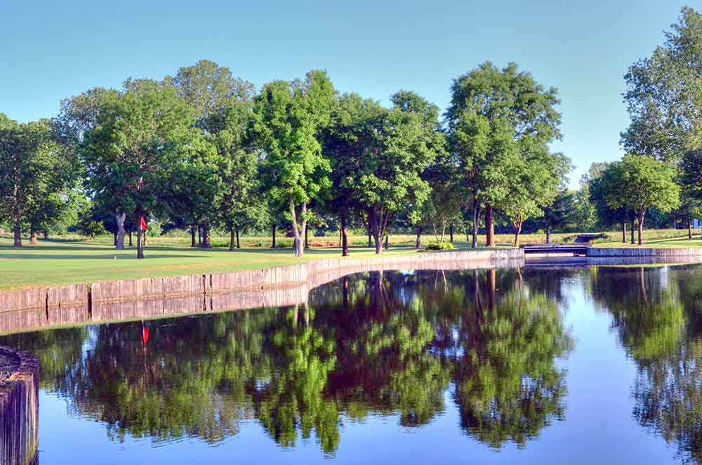 Twin-Hills-Country-Club,-Joplin,-MO-Reflection
