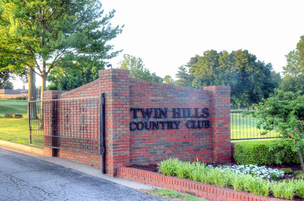 Twin-Hills-Country-Club,-Joplin,-MO-Sign