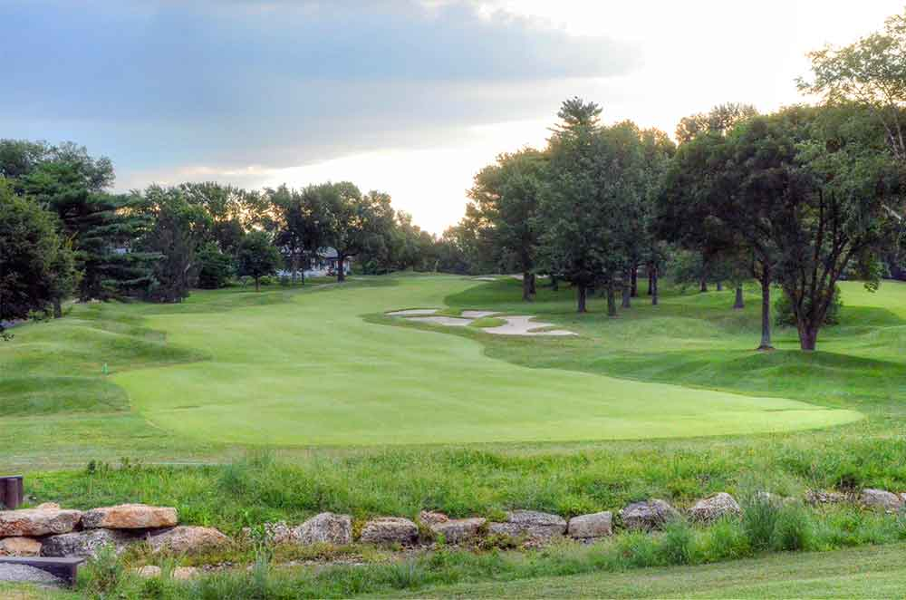 Westborough-Country-Club,-St-Louis,-MO-Rocks