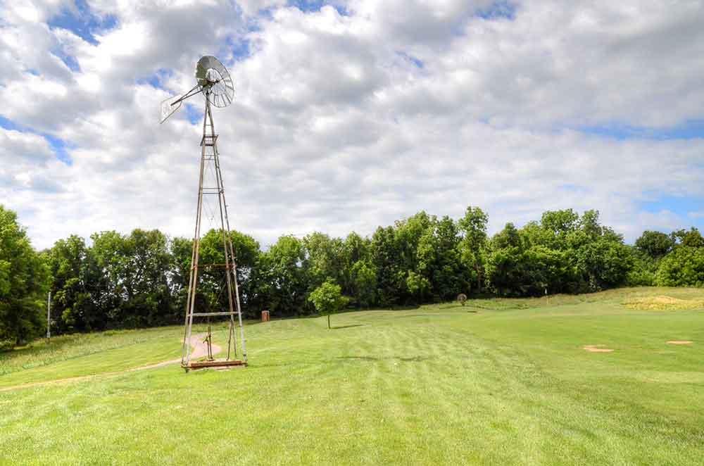 Windmill-Ridge,-Monett,-MO-Windmill-on-Hole