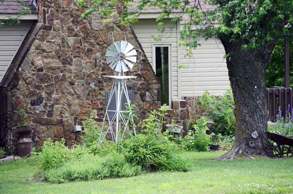 Windmill-Ridge,-Monett,-MO-Yard