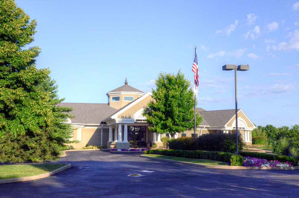 WingHaven-Country-Club,-St-Louis,-MO-Club-House