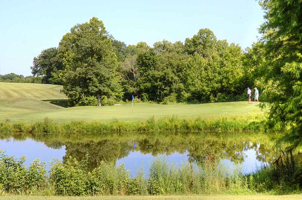 Wolf-Hollow-Golf-Club,-Labadie,-MO-lake